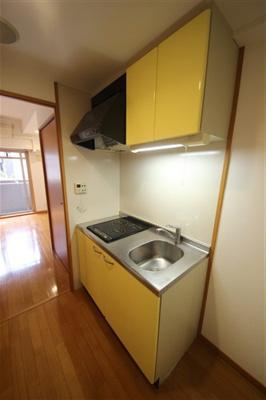 【キッチン】インベスト本町WEST