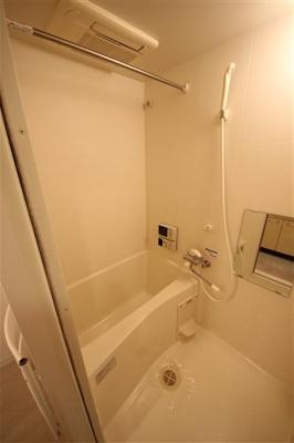 【浴室】インベスト本町WEST