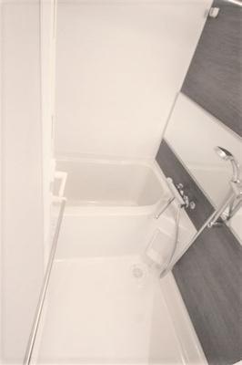 【浴室】スプランディッド新大阪DUE