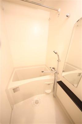 【浴室】プレサンス難波フィールド