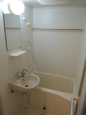【浴室】レオパレスIWASE T.R.Y