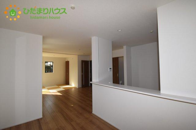 【居間・リビング】行田市持田20-1期 新築一戸建て リナージュ 03