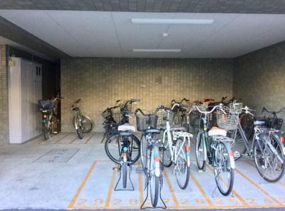 【駐輪場】モア・クレスト南葛西 111.07㎡ 角 部屋 空室 1991年築