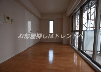 【居間・リビング】ドゥーエ南麻布