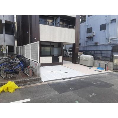【エントランス】YOSHITOMI.BLD