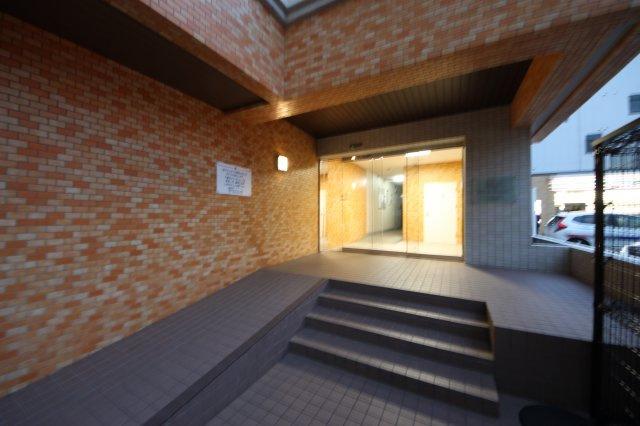 【エントランス】ロワールマンション大橋5