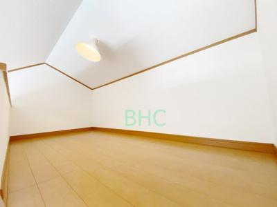 3階にあるロフトは、収納ライブラリとしては勿論、防災備蓄など備えの為にも活用頂くことができます。