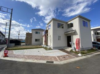 敷地面積54.3坪で建物面積は31.6坪とゆったりプランです。