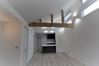 実際に建築したお家の外観になります。今は更地の土地にだんだんお家が建っていくのはわくわくしますね♪