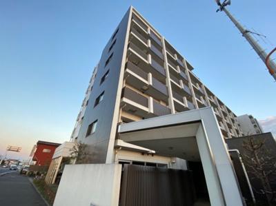 2012年築3月築のマンションです。