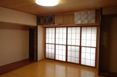 【居間・リビング】グランフォルム清水別邸 3階
