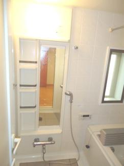 【浴室】宝塚ガーデンヴィレッジC棟 1階