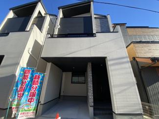 人気のJR総武線最寄り駅から歩圏内の新築一戸建てです。