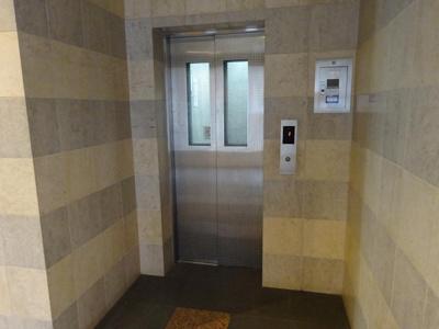 エレベーターです!