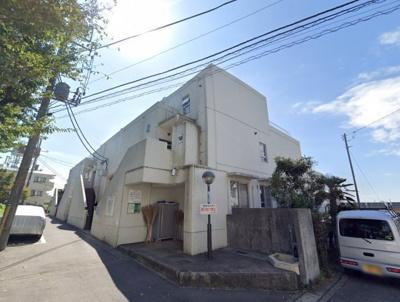 総戸数99戸、昭和59年1月築のマンションです。 専有面積95.23平米、3LDKのお部屋となります。