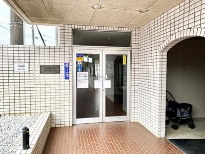 【エントランス】西武豊岡ハイツ