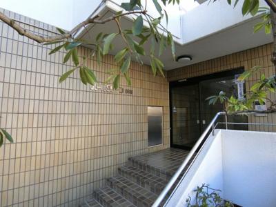 【エントランス】パールグリーン新宿