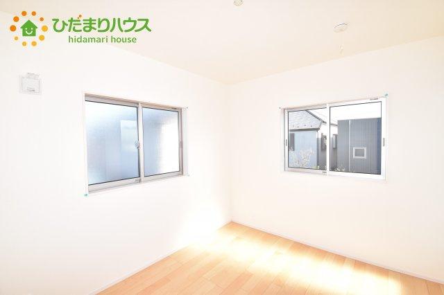 【洋室】上尾市小泉7丁目 新築一戸建て 02