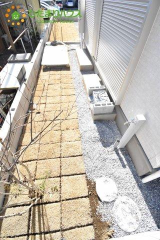 【庭】上尾市小泉7丁目 新築一戸建て 02