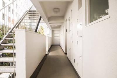 赤坂サカスや東京ミッドタウンなども徒歩圏内の立地です。