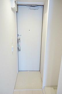 リブリ・トーカクの玄関