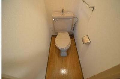 トイレです(同物件別号室参考写真です)