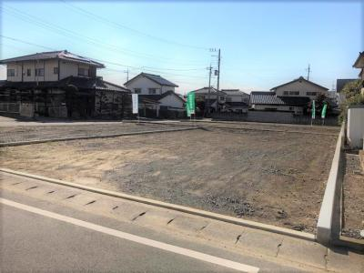 No.1 北西側道路より撮影。