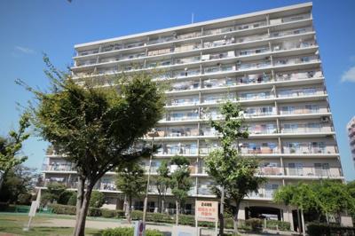 【現地写真】 総戸数187戸のマンションです♪