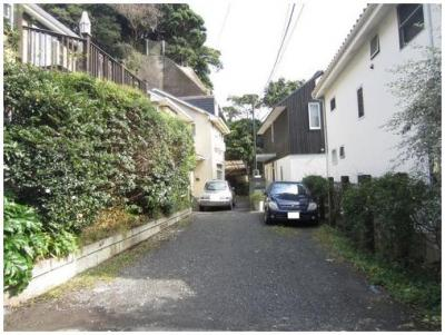 【前面道路含む現地写真】鎌倉市材木座4丁目 戸建