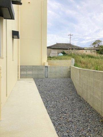 【外観】うるま市兼箇段 新築収益物件