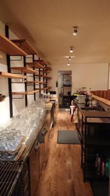 堺東から4分!飲食居ぬき店舗2F! 広々約53坪!