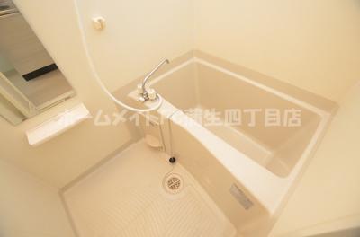 【浴室】シェ・モア・ヒロセ