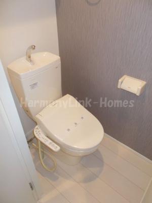 アークプレス神谷のゆったりとした空間のトイレです☆