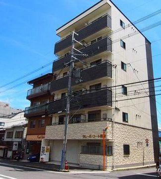 【外観】2011年築の一棟マンション