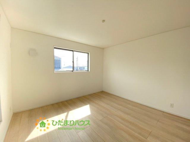 一番広い洋室は主寝室にご利用ください♪