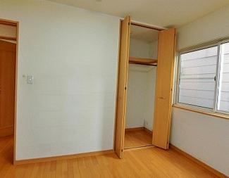 【洋室】《木造7.84%!満室稼働中!》小樽市花園4丁目一棟アパート
