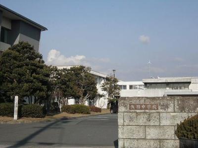 浅羽中学校まで2200m