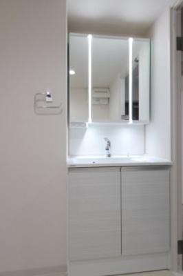 独立洗面台です 吉川新築ナビで検索
