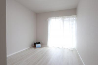 個人の部屋や寝室として使える洋室です 吉川新築ナビで検索