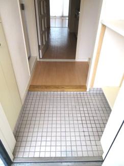 【玄関】アドバンス1号館