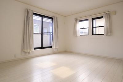 〇窓が多く、あかるいお部屋
