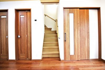 リビング階段でご家族の帰宅がすぐに把握出来て会話も増します。
