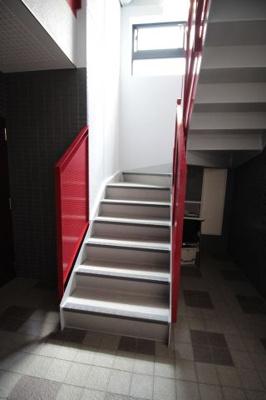 カラフルな階段です。