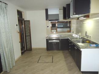 【キッチン】川西市けやき坂2丁目7の3 中古一戸建て