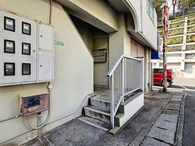 【エントランス】三宅ビル
