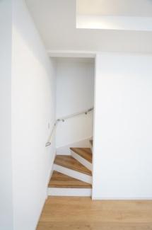 リビングイン階段です。家族の会話が自然と増えそうですね。