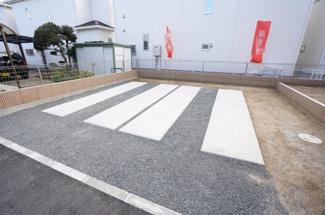 駐車は2台以上可能です。