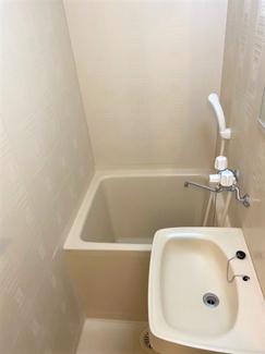 トイレは別ですが、洗面所が同じ場所にあります。