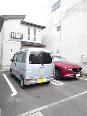 【駐車場】ローズハウス