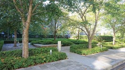 桜ガーデン(公共空地)です